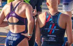 Marley Andelman and Maggie Peters tethered at the Chicago Triathlon. Photo courtesy of Marley Andelman.